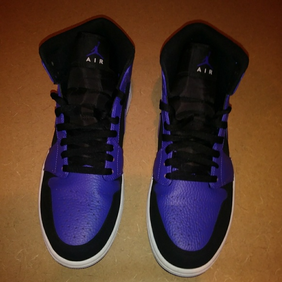 purple and black 1s